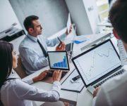 Entenda a diferença entre business intelligence e business analytics