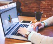 Como escolher um sistema de gestão para empresas prestadoras de serviços? Veja!