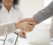 Maneira de usar a psicologia humana para fechar mais negócios