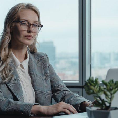 icone Ascensão do novo CFO – Organização Financeira da Nuvem